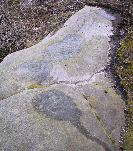 Langbar Moor carving - with extra ring