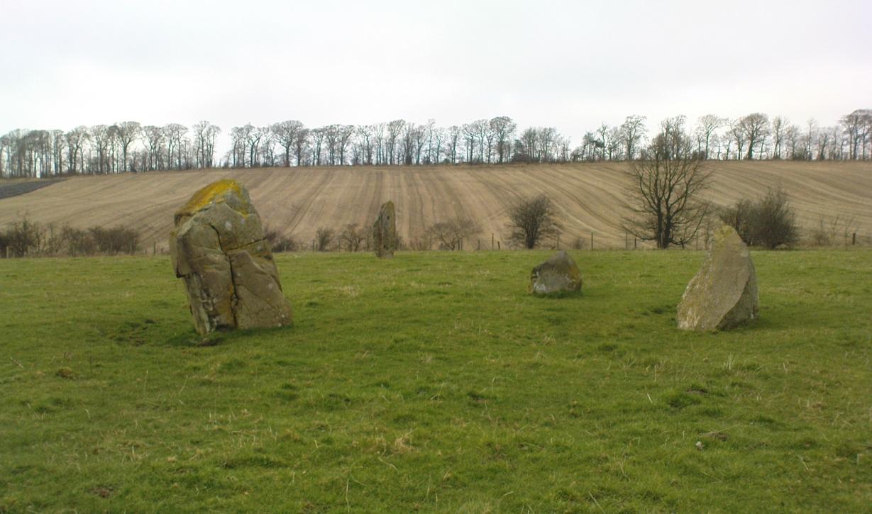 The Tuilyies standing stones