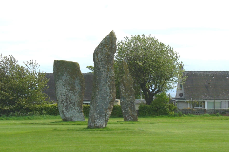 The 3 stones, looking south