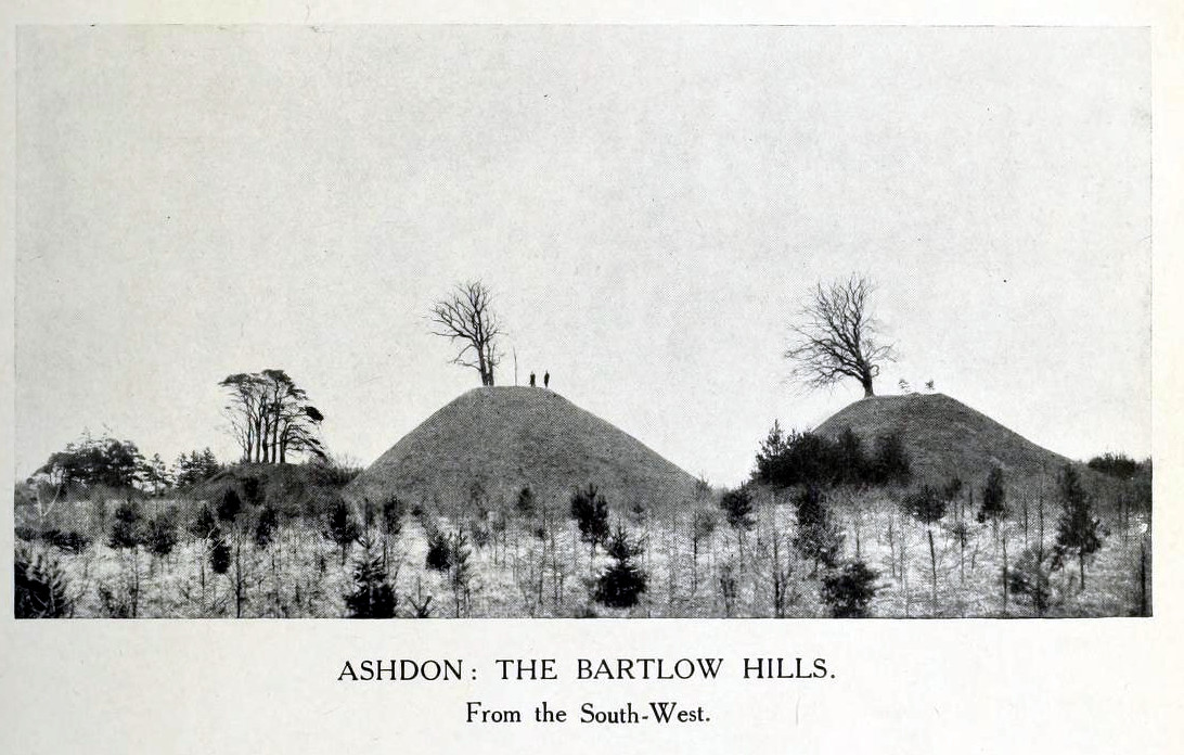 1916 photo of Bartlow Hills