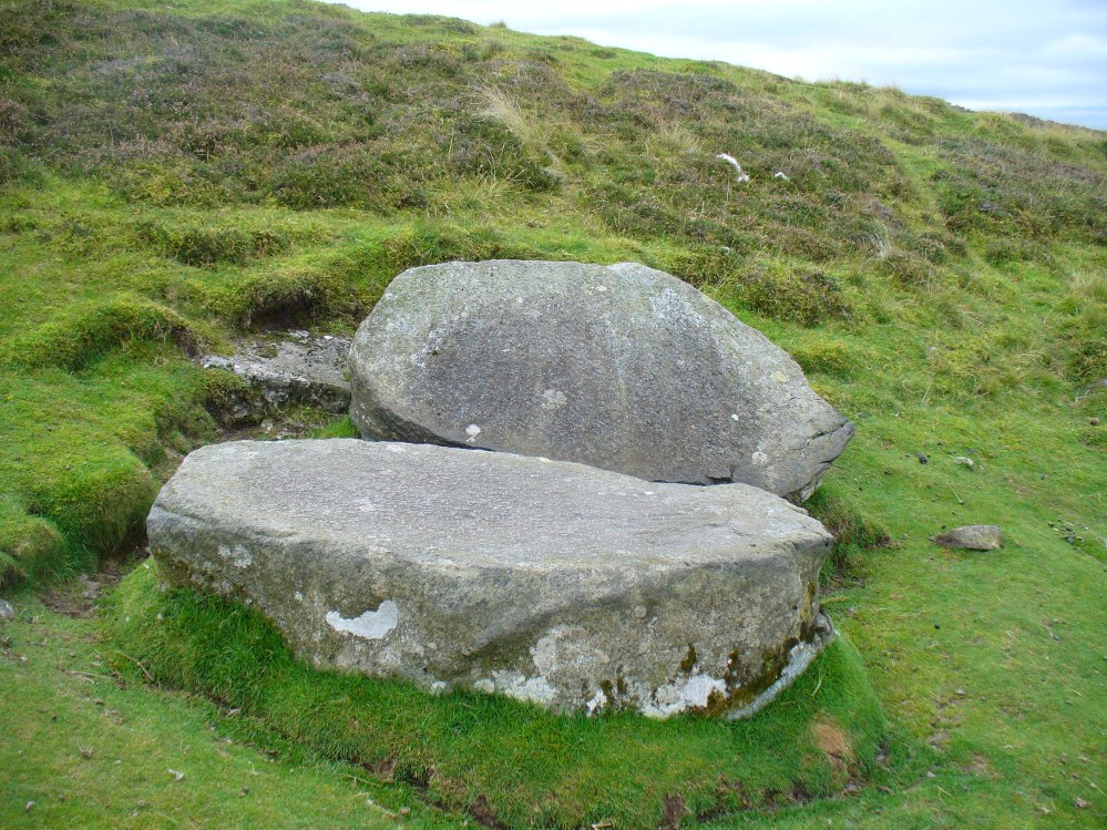 The Split Stone, Pendreich